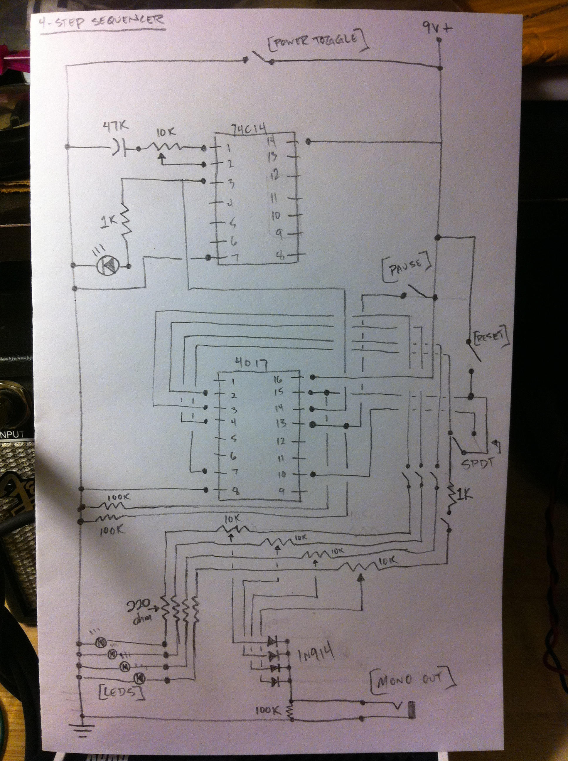 It\'s alive!!! Korg Monotron + DIY sequencer – sineqube